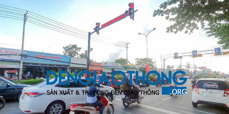 nut-den-giao-thong-o-can-tho